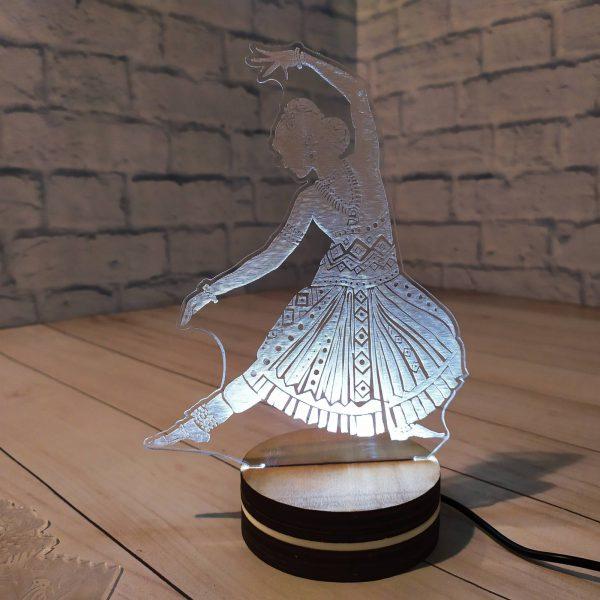 3Д светильник Танцовщица 1