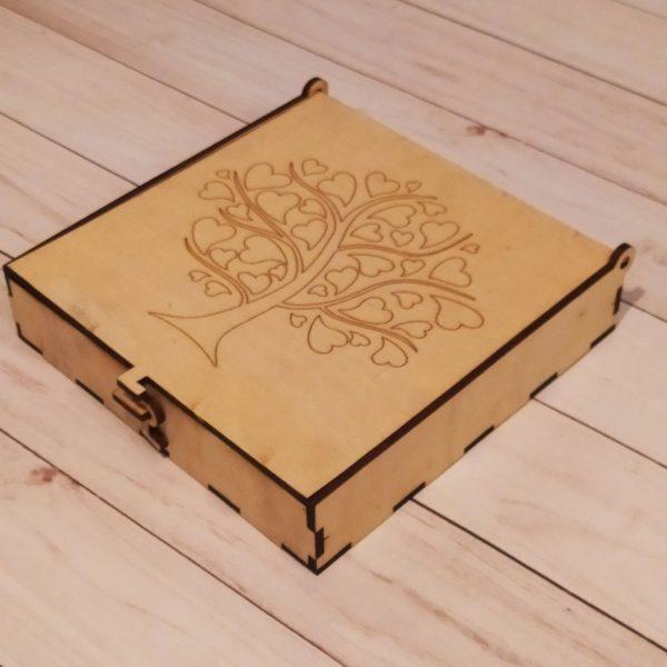 Подарочная коробка с замочком в виде крючка 2
