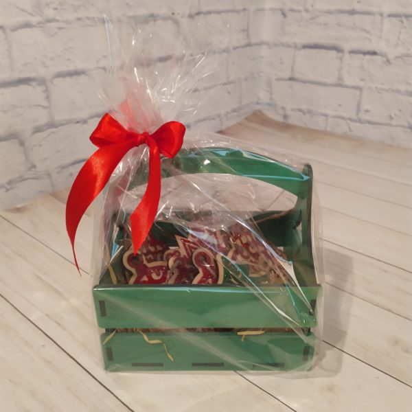 Подарочный набор в зеленой корзине 1