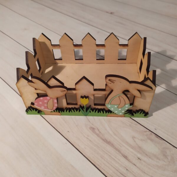 Декоративное кашпо Забор с зайками2