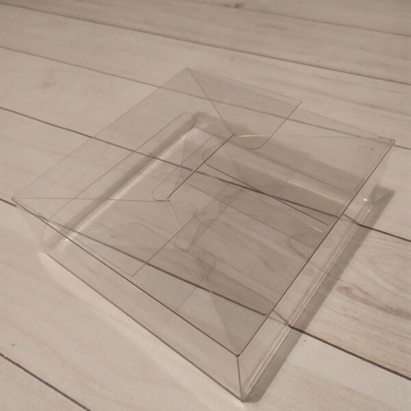 Прозрачная коробка 15х15х5 см 1