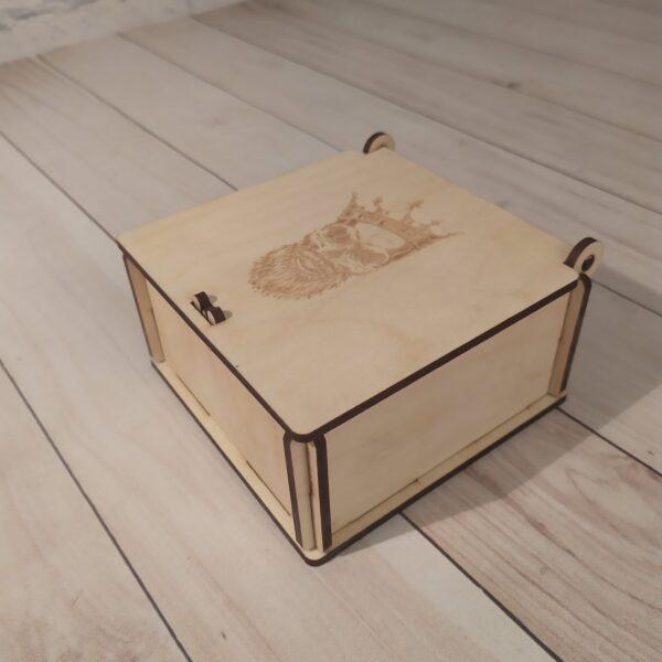Подарочная коробка Бренд 3